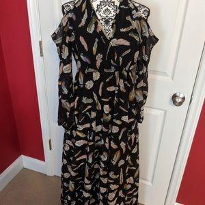 Cold Shoulder Feather Maxi Dress